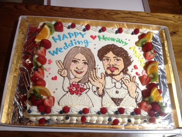 似顔絵入りウェディングケーキ
