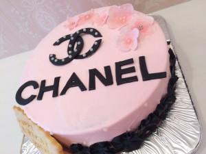 ブランドロゴケーキ
